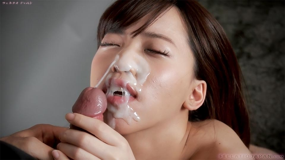 A student and a live cum in hot spring