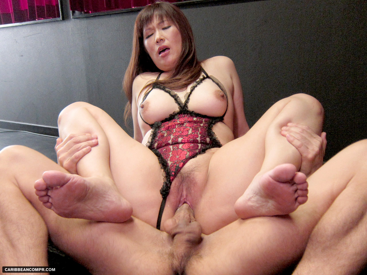 Experienced ladyboy amy amour with another customer