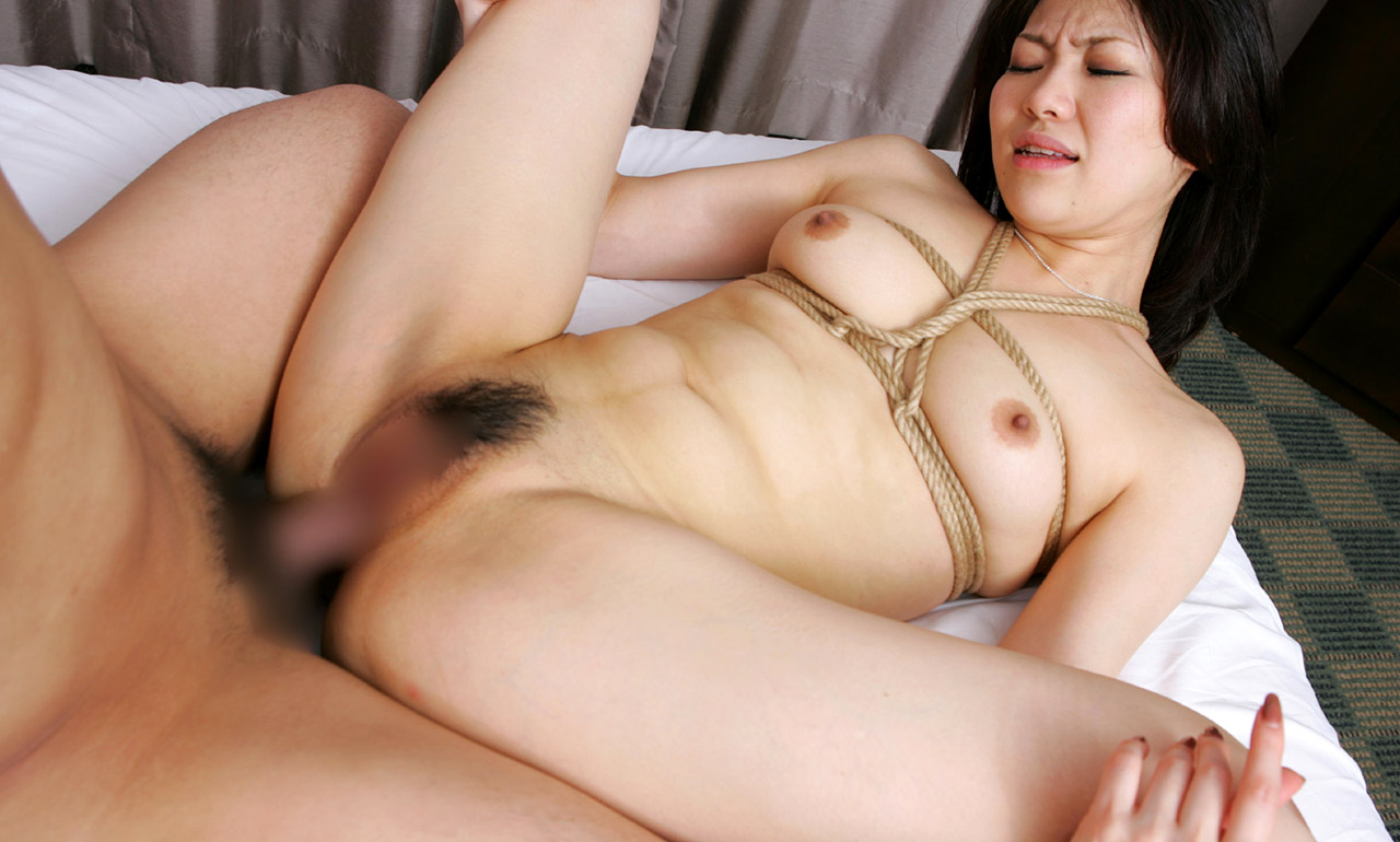 image Japanese porn and beauty together car shock