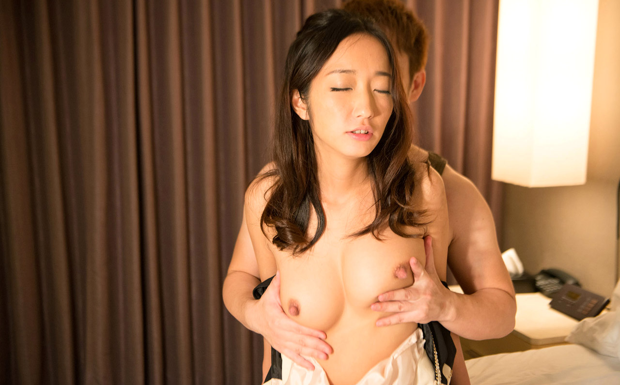 Titts and japan gangbang HER WORKING