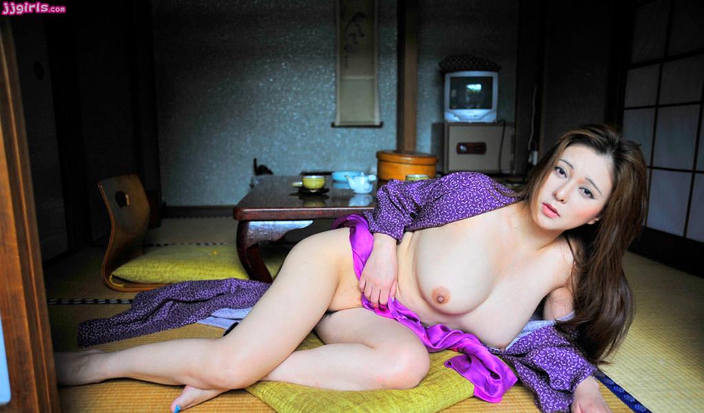 yuki-tsukamoto-nude