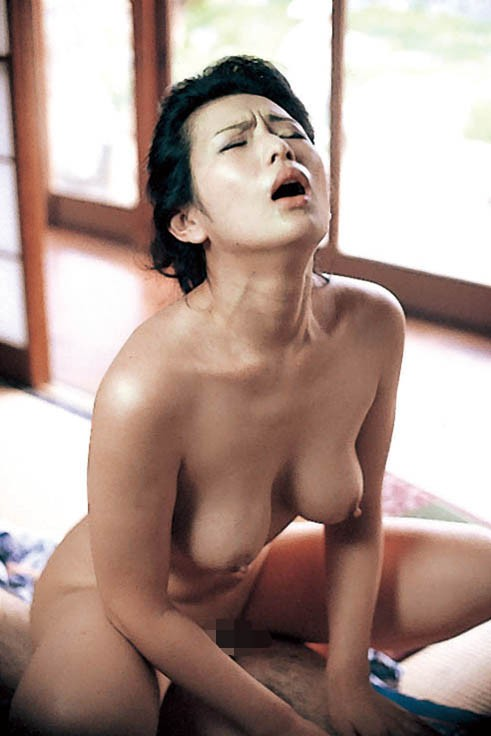 Misaki inaba has dongs in mouth and crack - 4 2