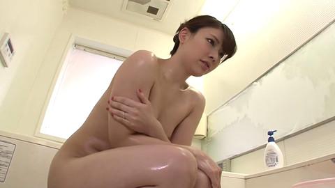 Akari Nishi